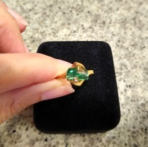 14K Gold Green Stone Ring